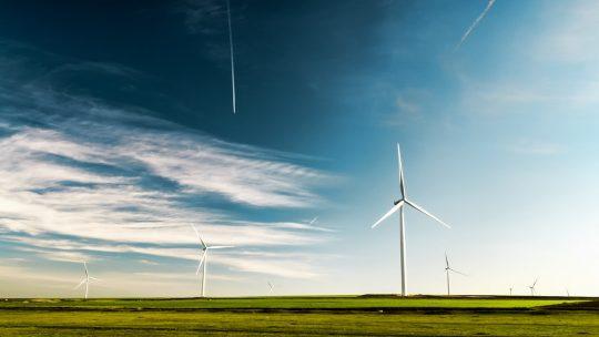 Quels sont les exemples spécifiques d'énergie verte ?